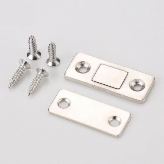Magneet slotje sluiting met schroeven en tegenplaatje