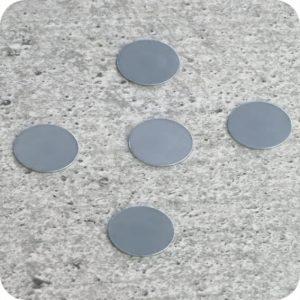 Metalen tegenstuk voor magneten